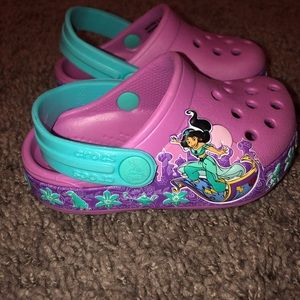 Toddler girl Disney princess jasmine crocs!